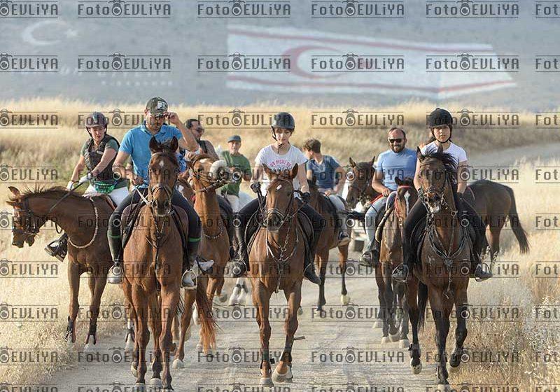 Kıbrıs Türk At Yarışları Derneği  Atlı Doğa Gezsi