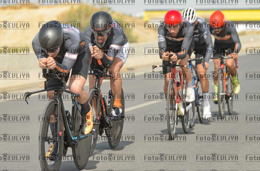 Takım tt Güner Burgul Anı Bisiklet Yarışı