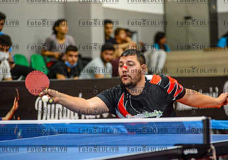 Pembe Soyadlı Takımlar Şampiyonası