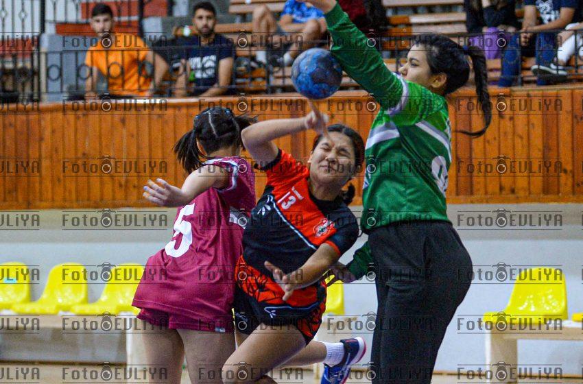 Ozanköy SK-Levent (Federasyon Kupası Yarı Final)