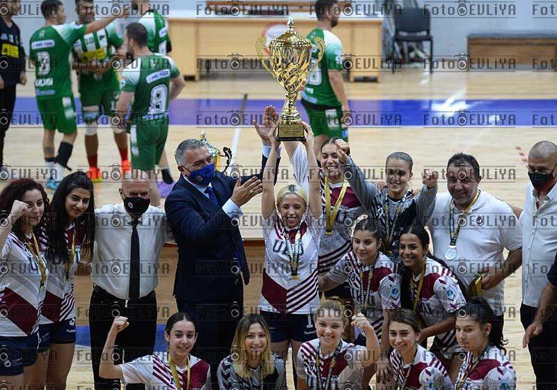Uluslararası Kıbrıs Üniversitesi-Levent (Cumhurbaşkanlığı Kupası)